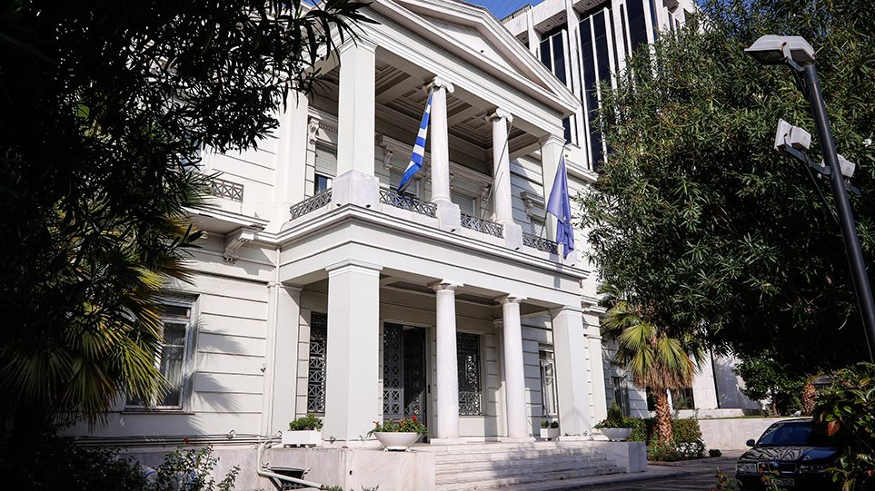 Αθήνα προς πρέσβη Λιβύης: Δώσε τη συμφωνία με την Τουρκία ή απελαύνεσαι!