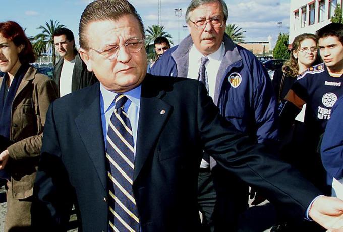 Πρώην πρόεδρος της Βαλένθια κατηγορείται για κακοποίηση ανήλικου παίκτη της ακαδημίας!
