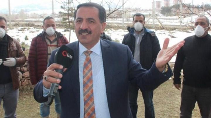 Κορωνοϊός: Τούρκος καλλιτέχνης εύχεται ο ιος να χτυπήσει την Ελλάδα! (ΒΙΝΤΕΟ)