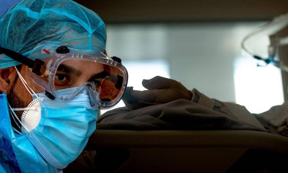 """Σοκ από τον πρόεδρο της ΠΟΕΔΗΝ: """"Ξεκίνησε η επιλογή ασθενών στις ΜΕΘ-Το κριτήριο είναι ηλικιακό"""""""