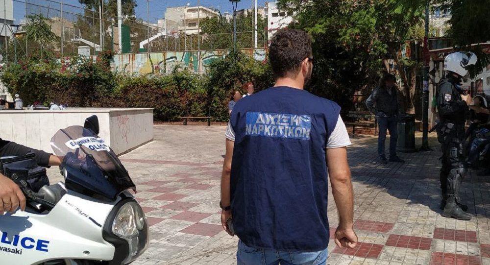 Γονείς Προσοχή! Το ναρκωτικό «σκανκ» που θερίζει έχει εισβάλει στα ελληνικά σχολεία -Χρήστες ακόμη και 12χρονοι μαθητές! (ΒΙΝΤΕΟ)
