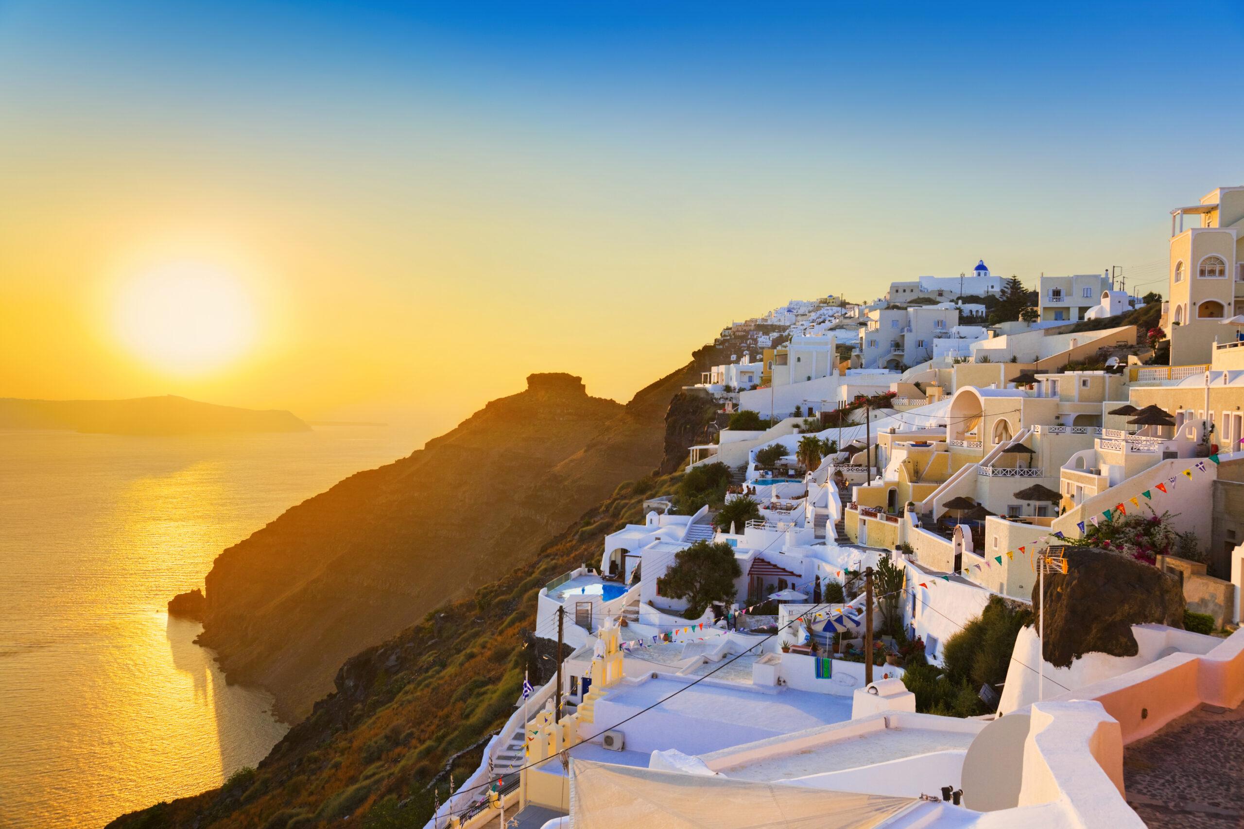 Σύσσωμος ο ξένος Τύπος συμφωνεί: Η Ελλάδα ελκυστικός προορισμός εν μέσω πανδημίας