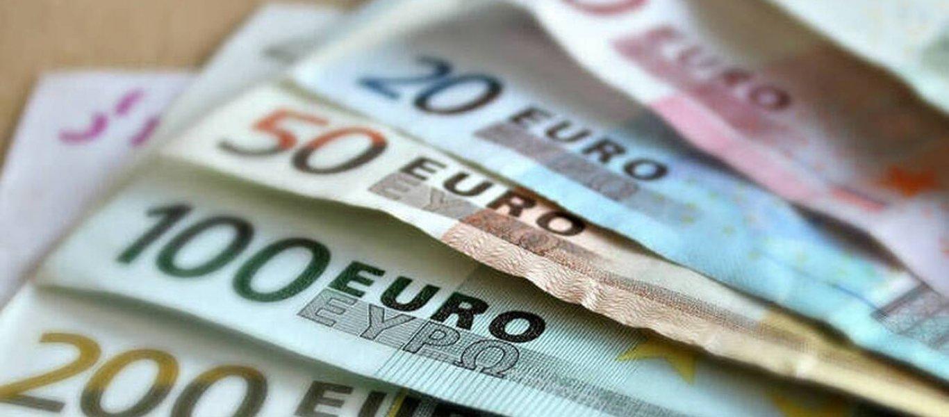 Από αύριο το τρίτο κύμα πληρωμών για το επίδομα των 800 ευρώ – Ποιες νέες κατηγορίες υποβάλλουν αιτήσεις!