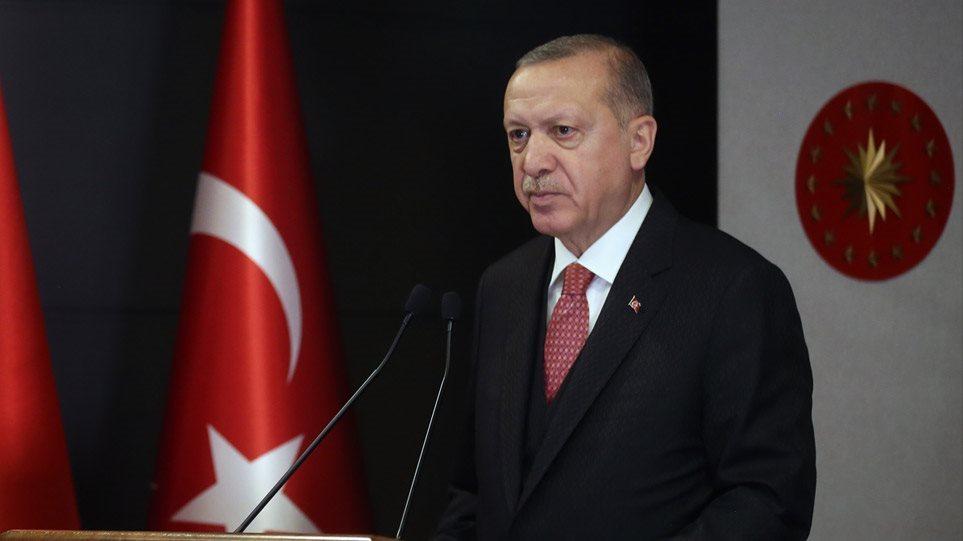 Τουρκική λίρα και κορωνοϊός γονατίζουν τον Ερντογάν – Στο χείλος του γκρεμού η Τουρκία!