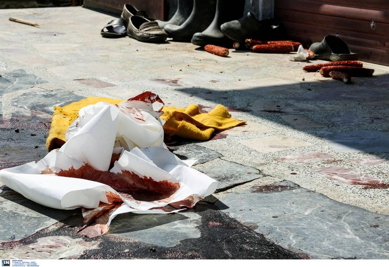 Διπλό έγκλημα στην Καβάλα: Σε αμόκ ο φονιάς – Σκότωσε μάνα και γιο και πυροβολούσε τους γείτονες! (φωτο)