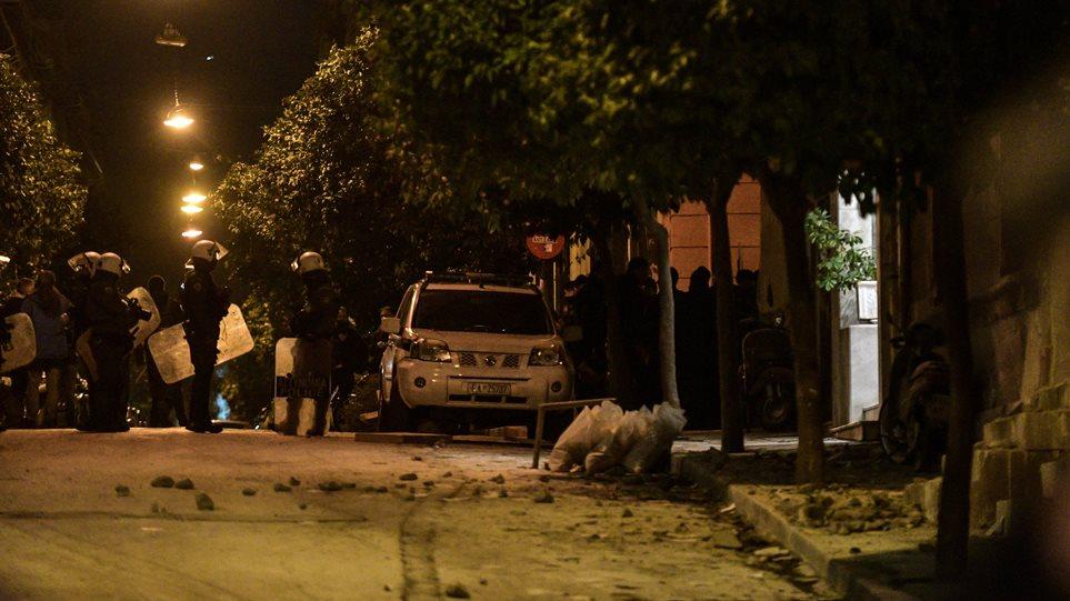 Επιχείρηση της αστυνομίας στο Κουκάκι: Εισβολή αστυνομικών στις καταλήψεις! (ΦΩΤΟ&ΒΙΝΤΕΟ)
