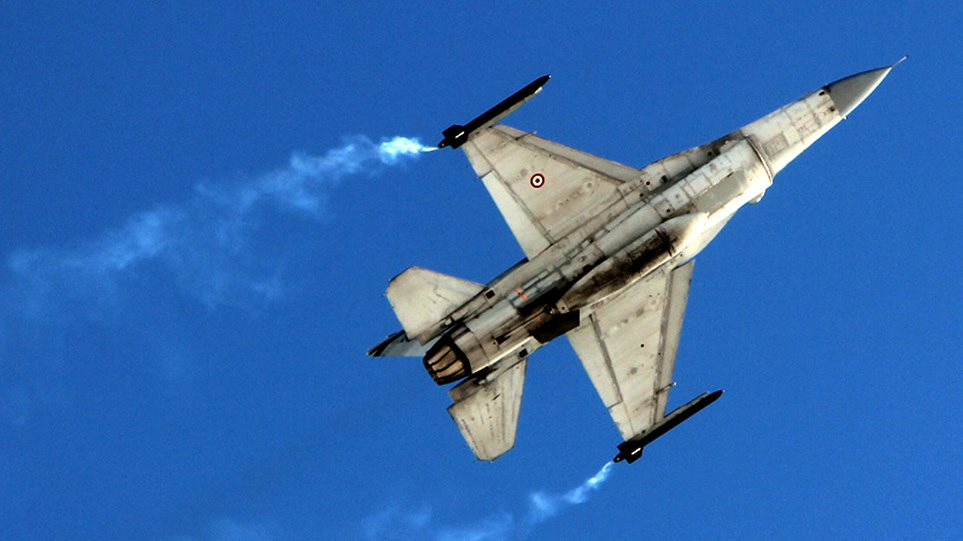 «Κύμα» τουρκικών υπερπτήσεων πάνω από τέσσερα ελληνικά νησιά
