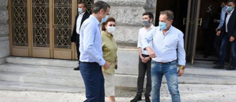 """Βουλευτής ΣΥΡΙΖΑ: «Από ΜΚΟ που φέρεται να συνδέεται με το πρωθυπουργικό περιβάλλον """"ψώνιζε"""" προσφυγόπουλα ο Λιγνάδης»"""