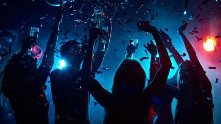 Θεσσαλονίκη: Κρυφά πάρτι – βόμβες σε υπόγεια και ταράτσες!