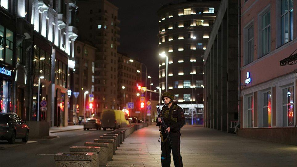 Ρωσία: Πυροβολισμοί στη Μόσχα κοντά στην Ομοσπονδιακή Υπηρεσία Ασφαλείας – Τρεις νεκροί (ΒΙΝΤΕΟ)