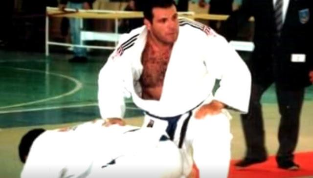 «Τον δάσκαλό τους» βρήκαν τρεις αδίστακτοι Αλγερινοί κακοποιοί! Τους… σένιαρε ο πρωταθλητής Τζούντο Χάρης Παπαϊωάννου!