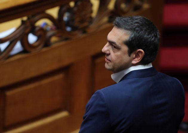 ΑΥΤΗ είναι η ΦΩΤΟΓΡΑΦΙΑ του Αλέξη Τσίπρα από την ορκωμοσία που κάνει το γύρο των Sosial Media! ΔΕΙΤΕ την!