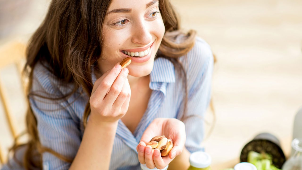 Απίστευτο: Φάτε ό,τι θέλετε σε 10 ώρες και μειώστε σάκχαρο, πίεση και χοληστερόλη!