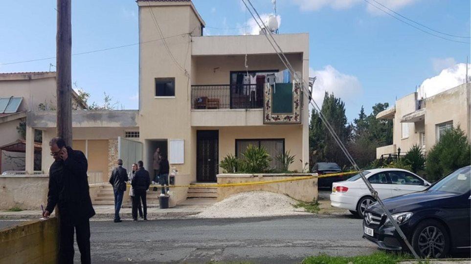 Σοκ στην Κύπρο: Σκότωσε την εν διαστάσει σύζυγό του μπροστά στα παιδιά τους!