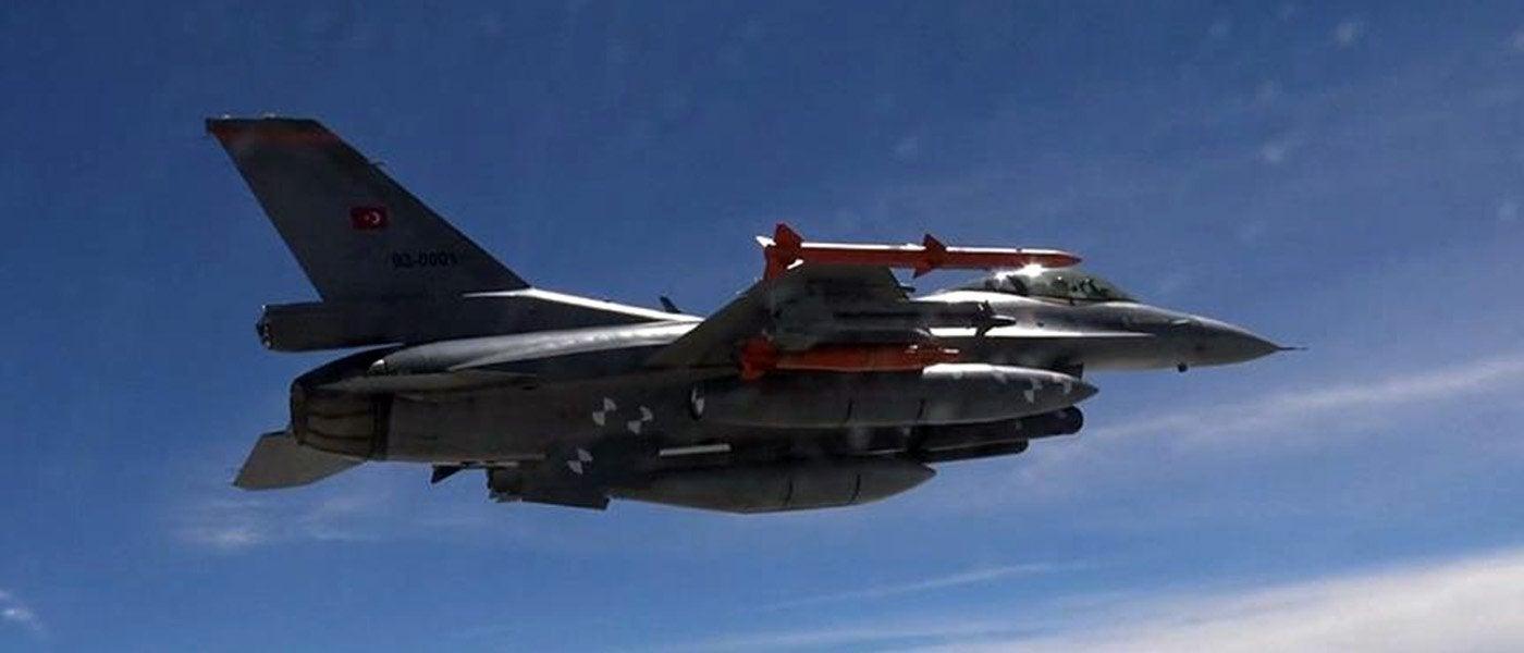 Σοβαρή τουρκική πρόκληση: F-16 εκτόξευσε flares κατά μαχητικού της ΠΑ! – Ήταν «kill» από τα Ελληνικά «γεράκια»