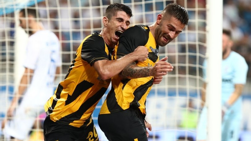 ΑΕΚ για φίλημα στη Ρουμανία! 2-0 την Κραϊόβα με Μάνταλο και Λιβάγια!