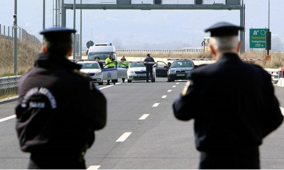 Καθολική απαγόρευση κυκλοφορίας ετοιμάζει η κυβέρνηση!