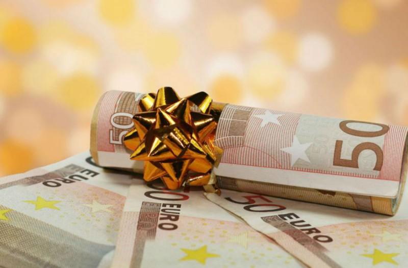 Κορωνοϊός: ΔΕΙΤΕ ποιοι και πως θα λάβουν φέτος το Δώρο του Πάσχα από τους εργοδότες τους! Τι ισχύει για το δημόσιο!