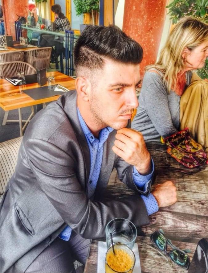 Παντελής Παντελίδης: Ο κολλητός της Κατερίνας Πλακίδα στήθηκε μπροστά στον φακό και… (ΦΩΤΟ)