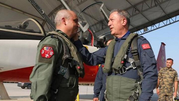Το Γενικό Επιτελείο Αεροπορίας διαψεύδει τα τουρκικά ΜΜΕ για την πτήση του Ακάρ στο Αιγαίο – ΒΙΝΤΕΟ