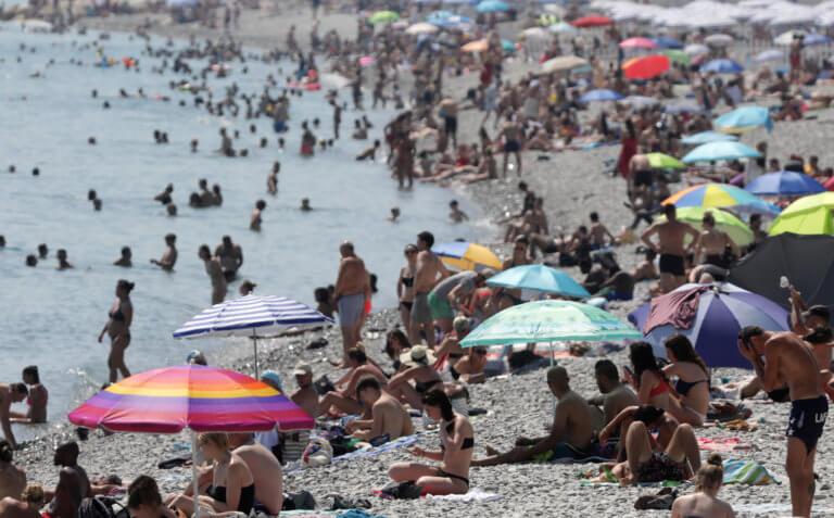 Καμίνι ολόκληρη η Γαλλία! Καταρρίφθηκε το ρεκόρ θερμοκρασίας – Έπιασε 44,3 βαθμούς ο υδράργυρος!