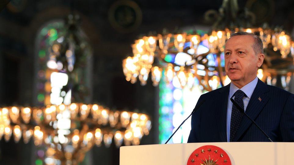 Αγία Σοφία: Μόλις 17′ κράτησε η συνεδρίαση του τουρκικού δικαστηρίου – Το «μπαλάκι» στον Ερντογάν!