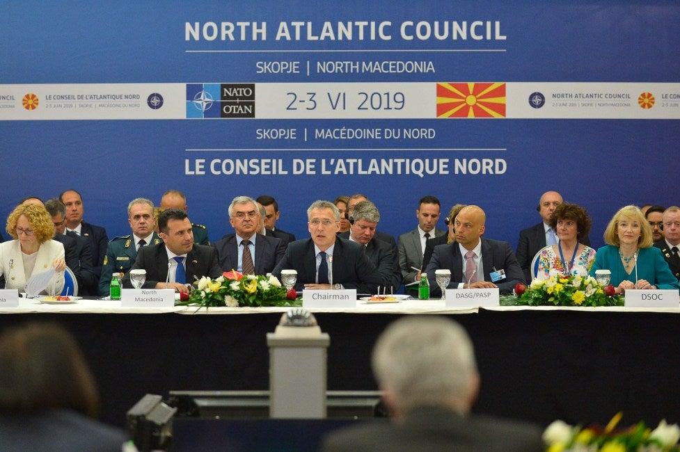 Αποκάλυψη-σοκ: Ο Ερντογάν εκβιάζει τα Σκόπια για τους «Γκιουλενιστές» – «Μπλοκάρει» την είσοδό τους στο ΝΑΤΟ αν δεν τους παραδώσουν…