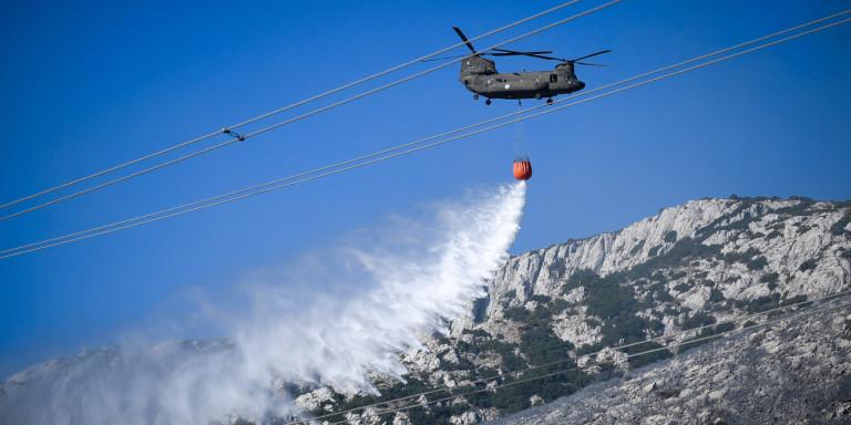 Υπό ΠΥΡΙΝΗ «ΠΟΛΙΟΡΚΙΑ» η ΧΩΡΑ! Έκτακτο δελτίο από τη ΓΓ Πολιτικής Προστασίας: Πολύ υψηλός κίνδυνος πυρκαγιάς και την Τρίτη!