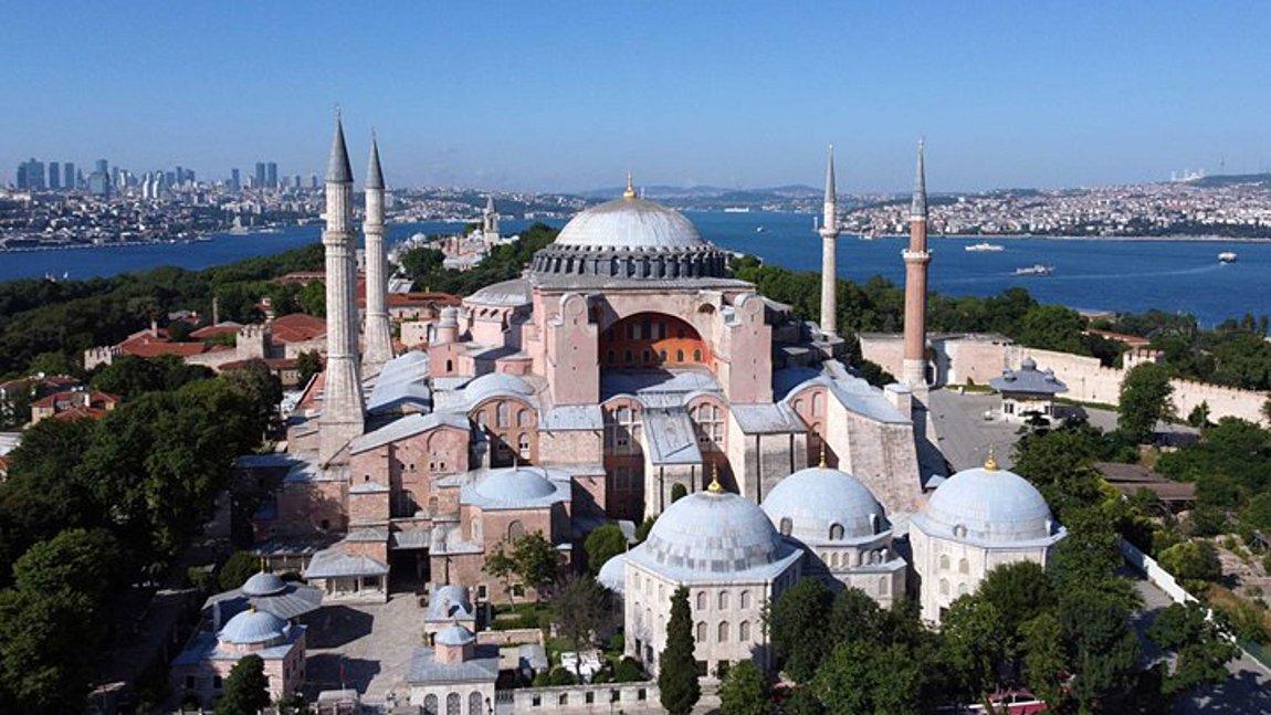«Βόμβα» από την Sabah: Ομόφωνη απόφαση για μετατροπή της Αγίας Σοφίας σε τζαμί – Εντός 15 ημερών η δημοσίευση