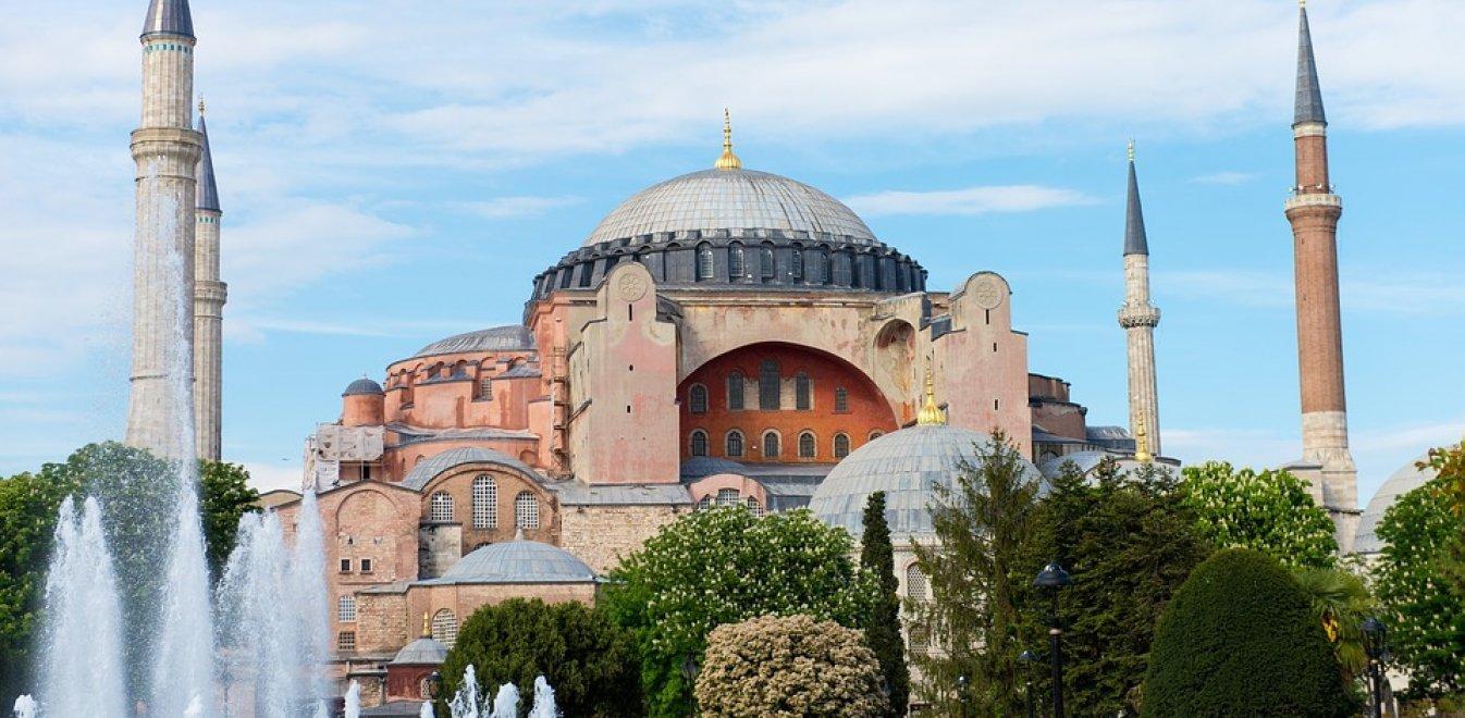 Τουρκικός Τύπος για Αγία Σοφία: Τρόμαξαν οι Ελληνες, ήρθε η ώρα να το κάνουμε τζαμί!