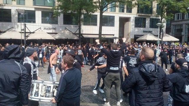 Άγιαξ – ΠΑΟΚ: Οι Έλληνες οπαδοί προκαλούν «χαμό» στο Άμστερνταμ! (ΦΩΤΟ)