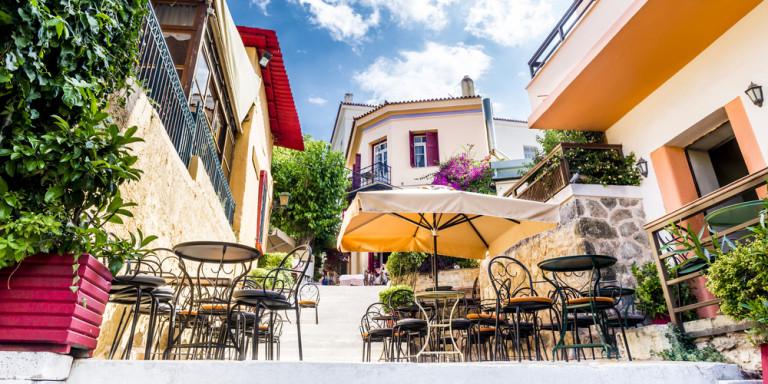 """ΑΠΟΚΑΛΥΠΤΙΚΑ ΣΤΟΙΧΕΙΑ για το πραγματικό """"Χρηματιστήριο""""- Ποιοι διαχειρίζονται τα Airbnb στην Ελλάδα: «Χρυσές» δουλειές -Σε εταιρείες το 50% των ακινήτων!"""