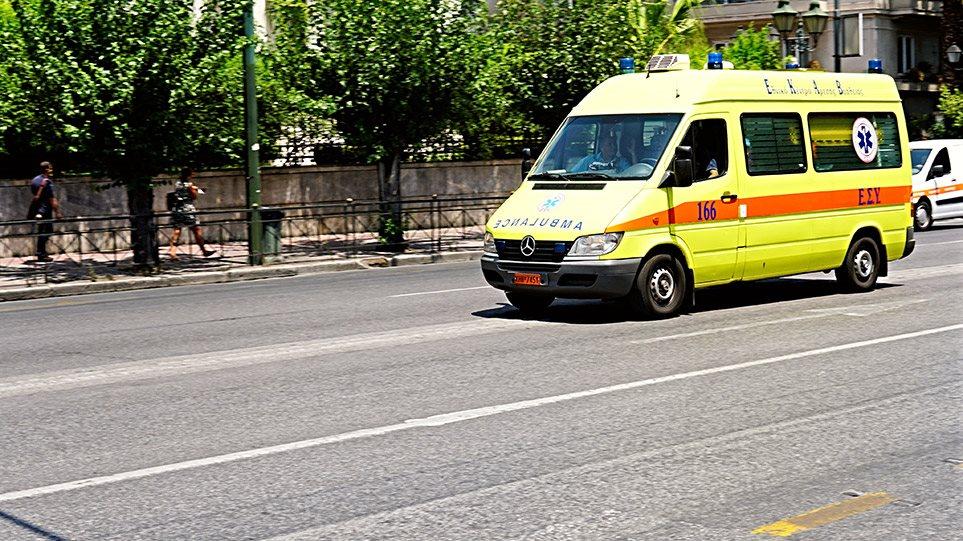 Οδηγός παρέσυρε και εγκατέλειψε 14χρονο στην Πεντέλη – Διασωληνωμένο το αγόρι