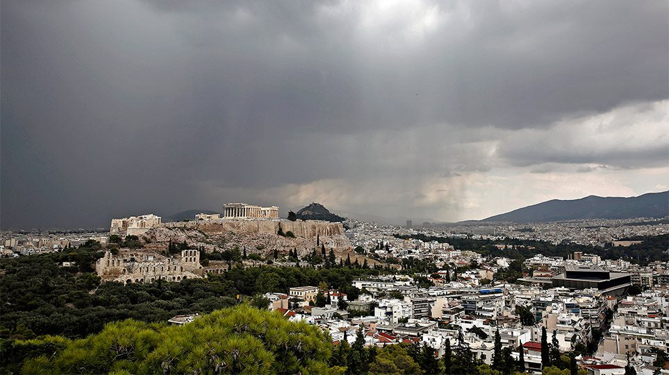 Καιρός: Καταιγίδα «εξπρές» με καταιγίδες και χαλάζι από το βράδυ! Έντονα φαινόμενα και στην Αθήνα! – Δείτε χάρτες