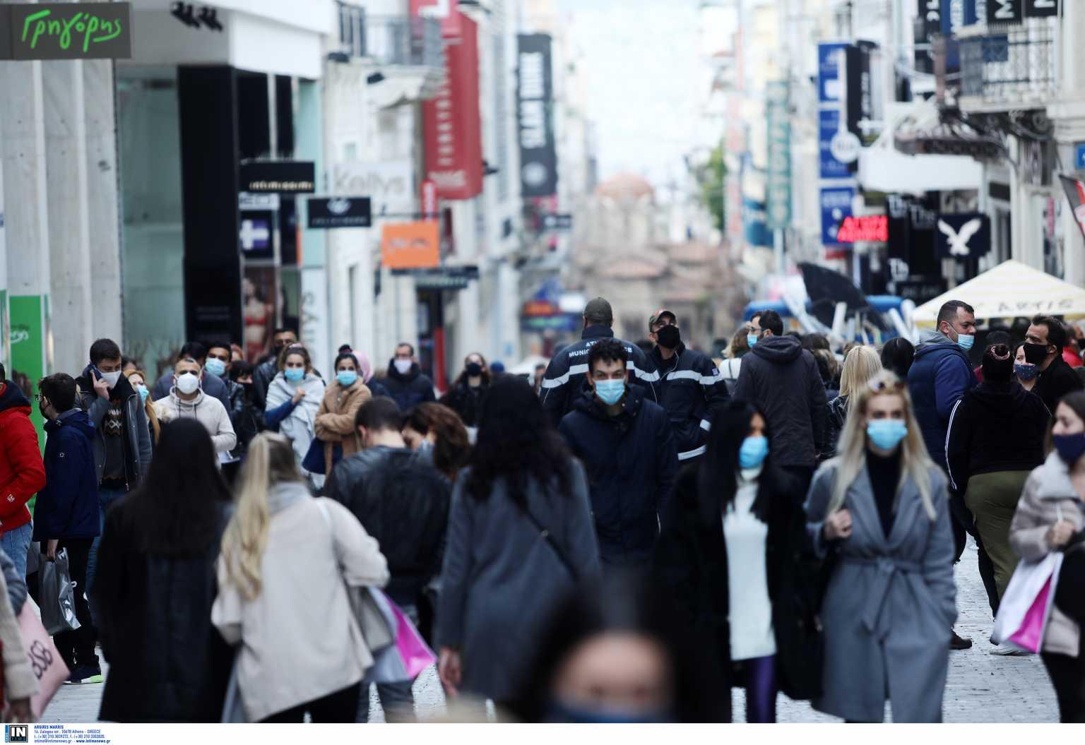 Σύψας για εικόνες συνωστισμού στα μαγαζιά: «Παίζουμε με τη φωτιά – Θα γίνουμε Λονδίνο»