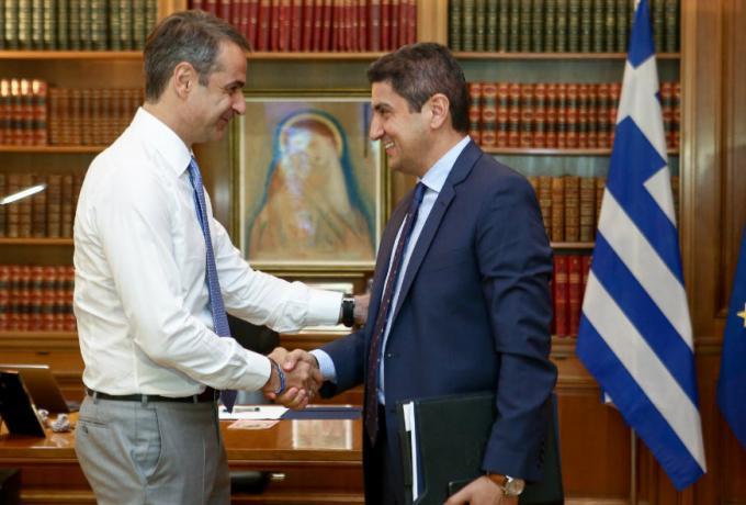 Αδιαφορεί για την εντολή του Πρωθυπουργού ο Αυγενάκης!