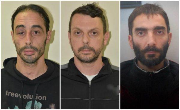 """«Επαναστατική Αυτοάμυνα»: """"Γάζωμα"""" αστυνομικού και διαφυγή με """"μαϊμού"""" ασθενοφόρο; Πως θα χτυπούσε η τρομοκρατική οργάνωση-Τα όσα έχουν βρει οι αρχές! (Φώτο)"""