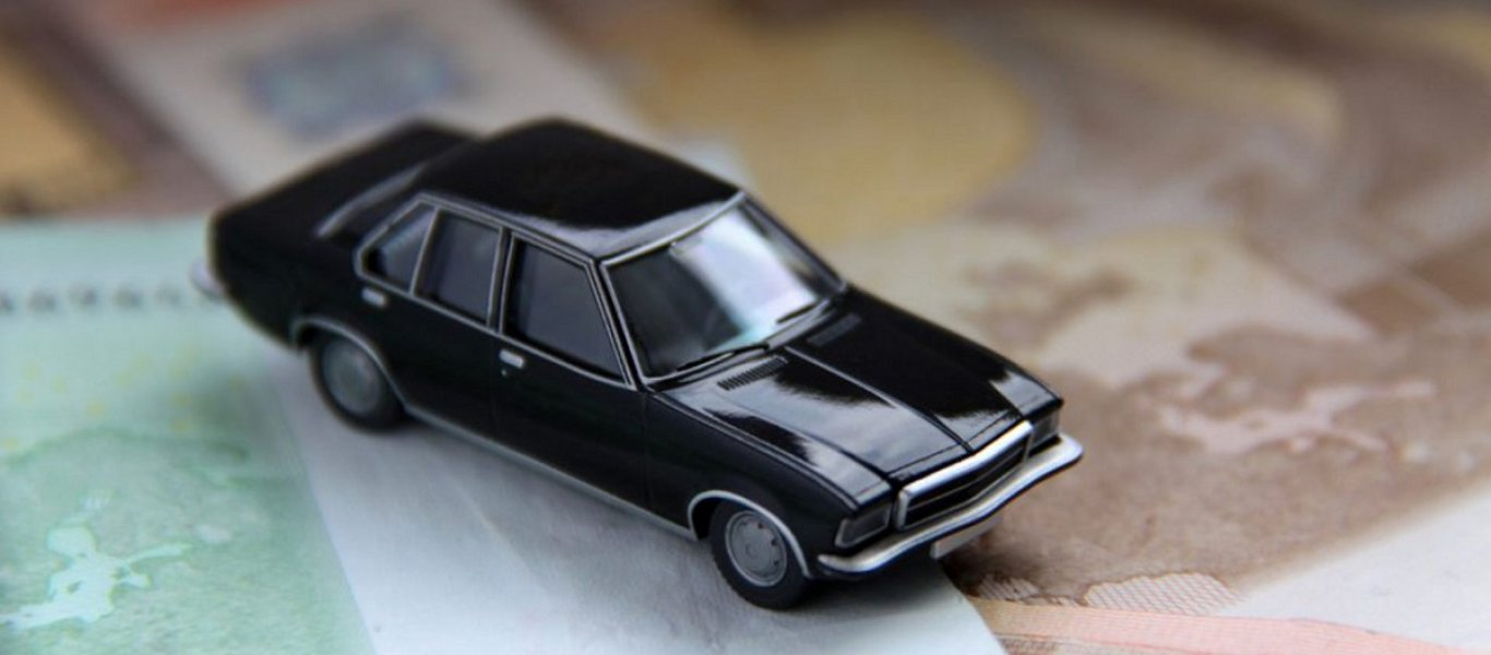 Βαριά «καμπάνα» για τους κατόχους παλαιών αυτοκινήτων – Τι έρχεται σε εκατομμύρια ιδιοκτήτες!