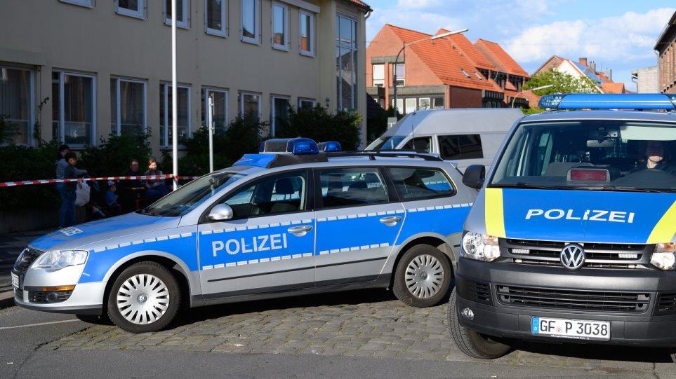 Νέες αποκαλύψεις για το θρίλερ στη Βαυαρία: Οι «σκλάβες του σεξ» είχαν υπογράψει «συμβόλαια αυτοκτονίας»….