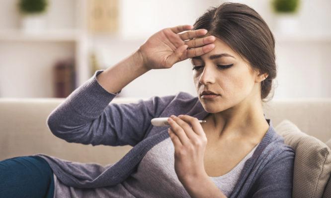 Δέκατα πυρετού: Τι ισχύει ακριβώς και ποιες οι πιθανές επιπλοκές
