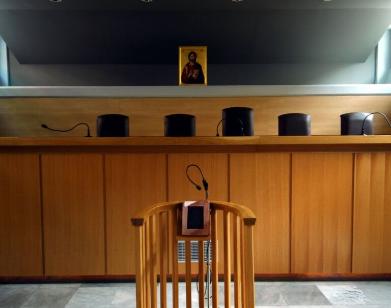 Δικηγόροι: Να συνεχίσουν να λειτουργούν τα δικαστήρια – Πλήττεται ο κλάδος