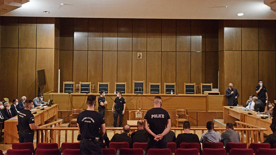 Στην φυλακή οδηγείται ο Ν.Μιχαλολιάκος και οι καταδικασθέντες πρώην βουλευτές της Χρυσής Αυγής!