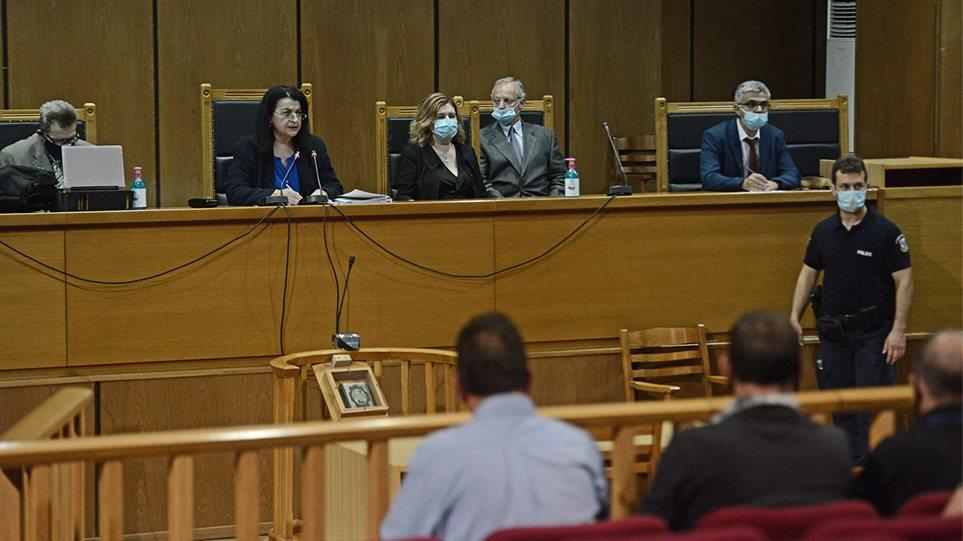 Δίκη Χρυσής Αυγής: Ένοχος ο Γιώργος Ρουπακιάς για τη δολοφονία Φύσσα! Ένοχοι και οι υπόλοιποι κατηγορούμενοι εκτός…