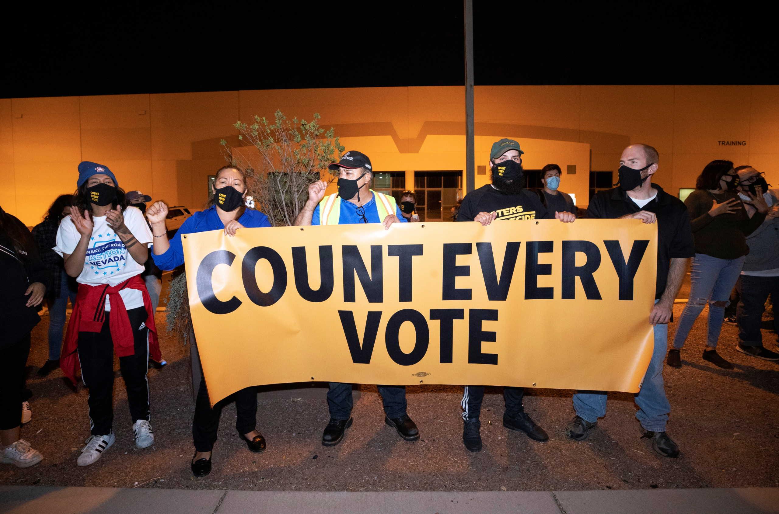 Εκλογές ΗΠΑ: Ο Μπάιντεν με το ένα πόδι στον Λευκό Οίκο – Η Πολιτεία κλειδί