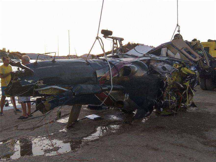 Πτώση ελικοπτέρου στον Πόρο: Μηχανική βλάβη «δείχνουν» τα πρώτα στοιχεία! (ΦΩΤΟ&ΒΙΝΤΕΟ)