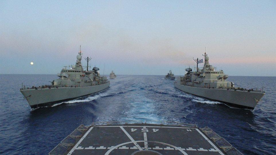Καστελόριζο-Θερμό επεισόδιο: Πολεμικά πλοία καταπλέουν στην «θερμή» ζώνη του Αιγαίου! Πώς παίρνουν θέση οι στόλοι στη σκακιέρα…