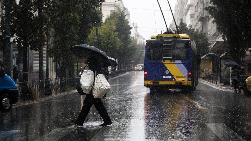 Καιρός: Σφοδρή καταιγίδα στην Αττική – Σαρώνει η κακοκαιρία τη Δυτική Ελλάδα! (ΦΩΤΟ&ΒΙΝΤΕΟ)