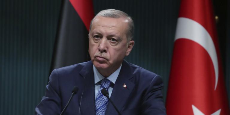 Κορωνοϊός: «Ζορίζεται» ο Ερντογάν -Πήρε πίσω την απόφαση για lockdown το Σαββατοκύριακο