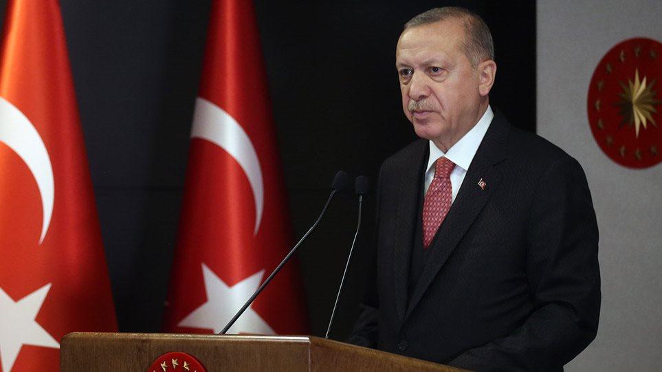 AKΡΑΙΑ ΠΡΟΚΛΗΣΗ! O Ερντογάν «προσεύχεται» στην Αγιά Σοφιά την ημέρα της Άλωσης!
