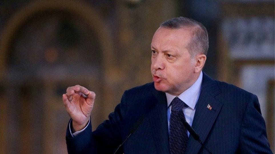 Ερντογάν: Προκαλεί με fake news και λέει «Δεν θέλω να βρεθώ στον ίδιο χώρο με Μητσοτάκη!»